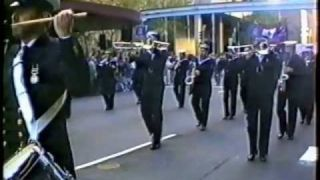 ANZAC Day 1998 RANR Sydney Band.wmv